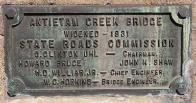 Plaque added when the bridge was widened in 1931 image. Click for full size.