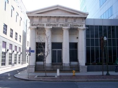 Dauphin Deposit Building image. Click for full size.
