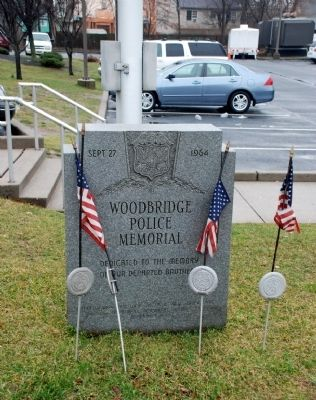 Woodbridge Police Memorial image. Click for full size.