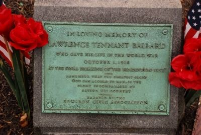 Lawrence Tennant Ballard Park Memorial Plaque image. Click for full size.