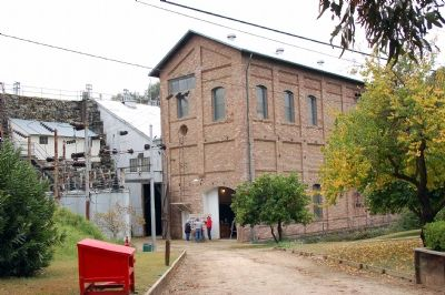 Folsom Powerhouse Building image. Click for full size.