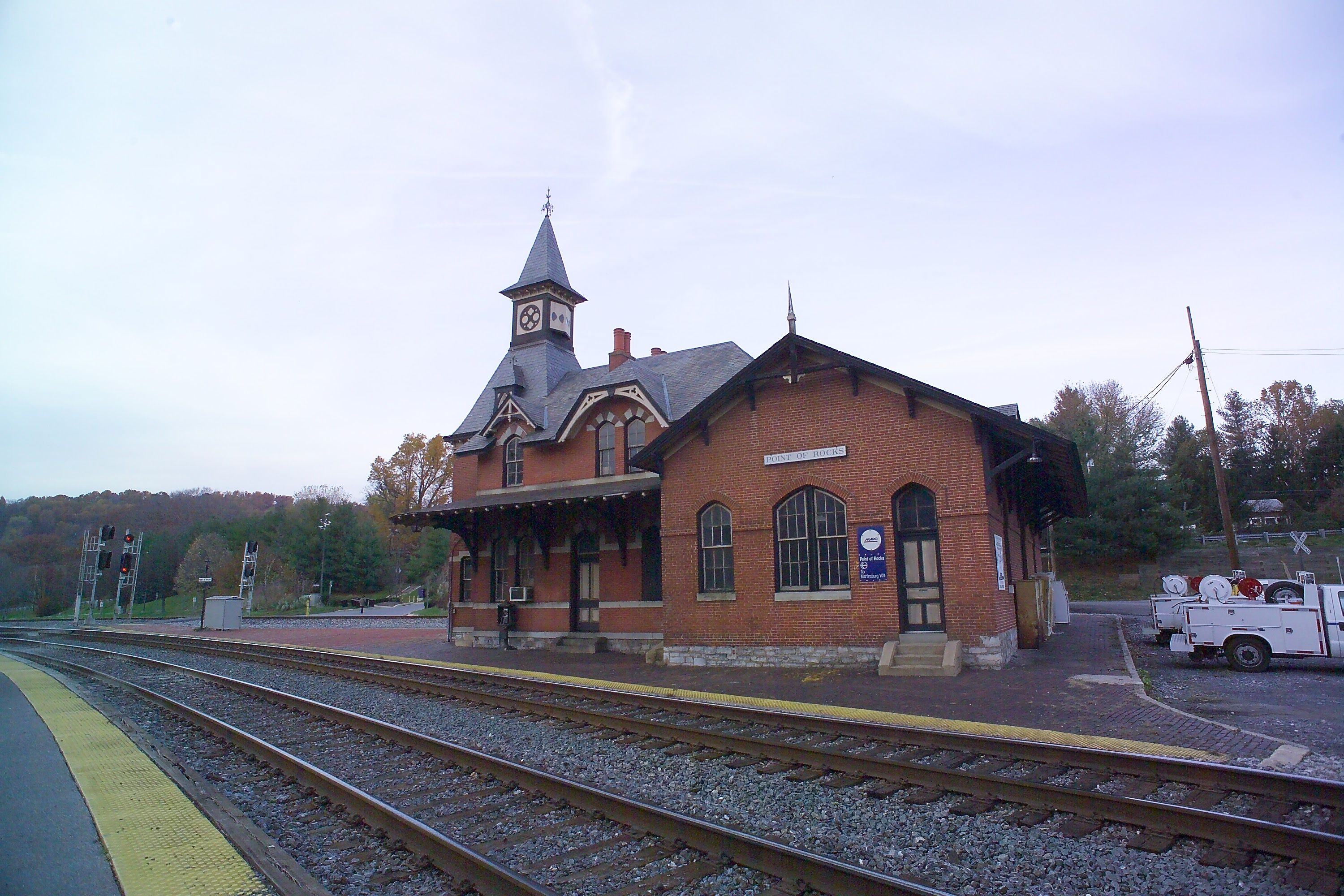 Point of Rocks Station