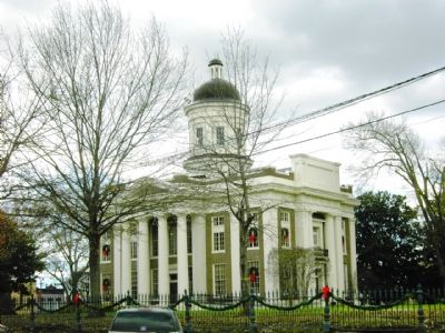 Madison County Courthouse image. Click for full size.