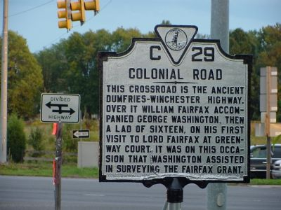 Colonial Road Marker image. Click for full size.