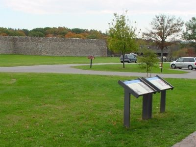 Markers and Fort Frederick image. Click for full size.