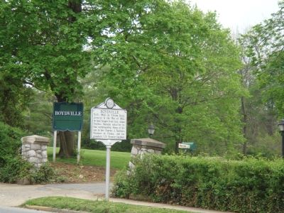 Boydville Marker at Entrance to Boydville Mansion Grounds image. Click for full size.