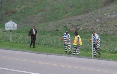 Garrett County Inmates Clean Up Around Marker image. Click for full size.