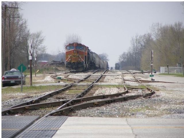 Train Waiting to Enter the Monon Junction image. Click for full size.