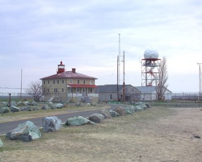 Lighthouse, Outbuildings and a Radar Station image. Click for full size.