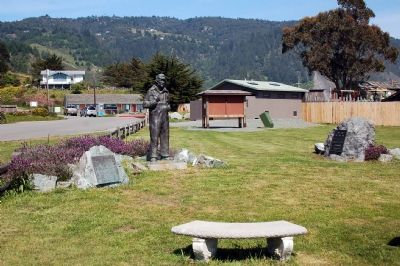 Mario Machi Marker, statue and nearby plaque image. Click for full size.