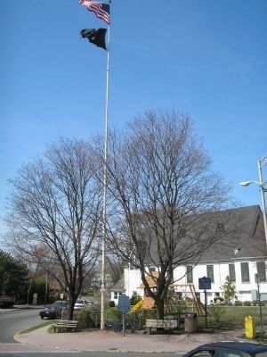 Liberty Pole in Englewood image. Click for full size.