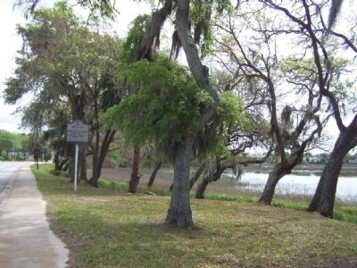 Beaufort Marker , formerly alongside Battery Creek image. Click for full size.