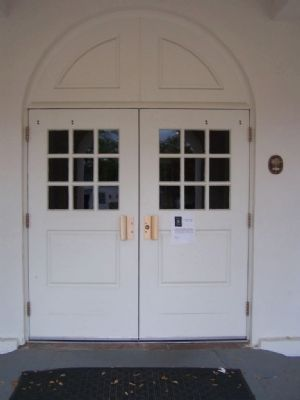 National Register of Historic Places Plaque seen to right of door image. Click for full size.