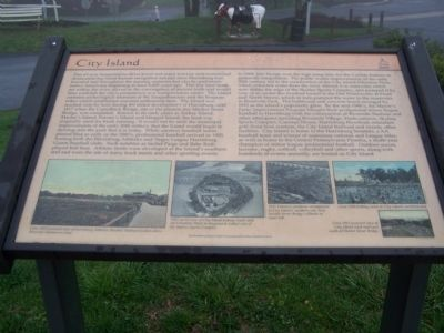 City Island Marker image. Click for full size.