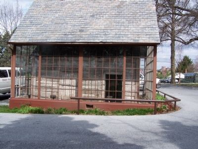 Side View of Old Session House image. Click for full size.