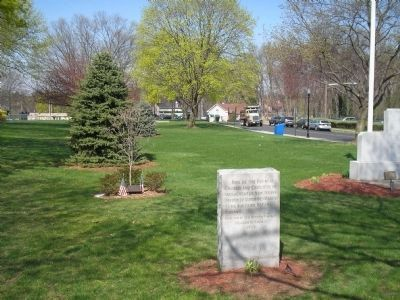 Marker at New Milford Borough Hall image. Click for full size.