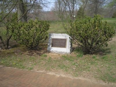 Marker on Monmouth Battlefield image. Click for full size.