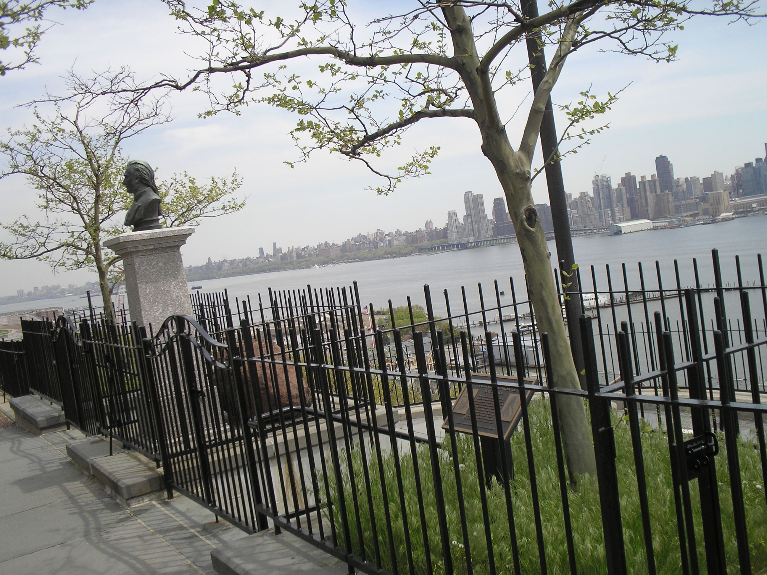 Marker in Weehawken, NJ