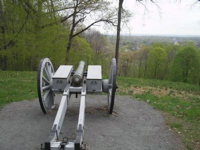 Cannon at Fort Nonsense Overlooks Morristown image. Click for full size.