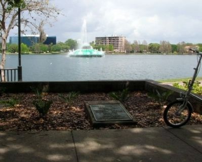 Orlando Centennial Fountain and Marker image. Click for full size.