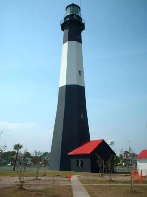 Tybee Lighthouse image. Click for full size.