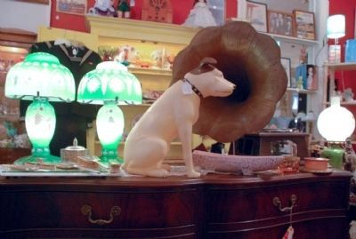 """Nipper the Dog"" next to a phonograph in an antique store image. Click for full size."