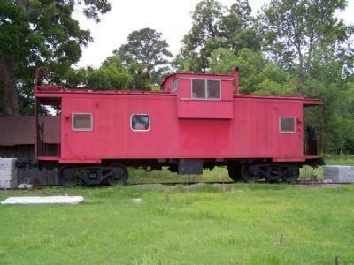 Caboose, future musuem, a tribute to ACL Railroad and the BE&W ( that never finished) image. Click for full size.
