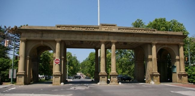The old entrance to Druid Hill Park image. Click for full size.