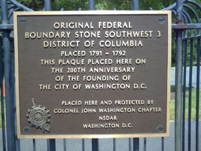 Original Federal Boundary Stone SW 3 Marker image. Click for full size.
