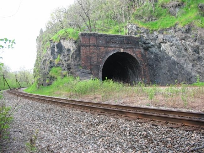 Railroad Tunnel and Railroad Bed image. Click for full size.