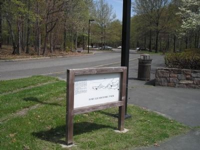 Marker in Fort Lee Historic Park image. Click for full size.