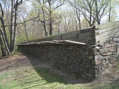 Fort Lee Fortifications image. Click for full size.