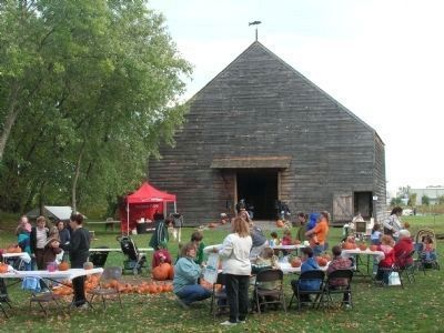 The Nilsen Dutch Barn at the Mabee Farm image. Click for full size.