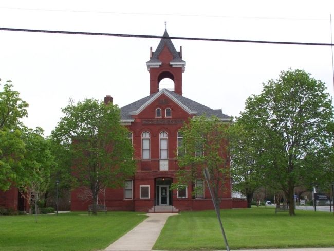 Accomack County Courthouse image. Click for full size.