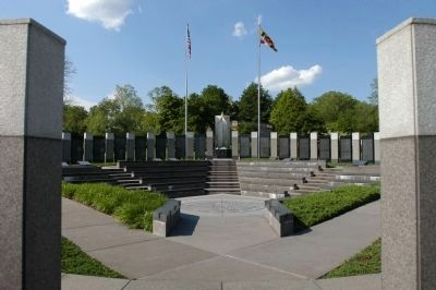 Maryland World War II Memorial image. Click for full size.