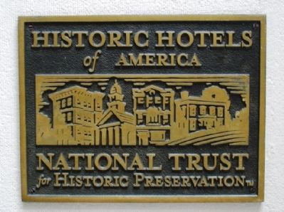 National Trust for Historic Preservation Algonquin Hotel Plaque image. Click for full size.