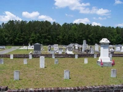Guyton City Cemetery Grave site for 26 Confederate Unknowns image. Click for full size.