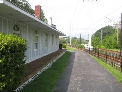 Linthicum Railroad Station image. Click for full size.