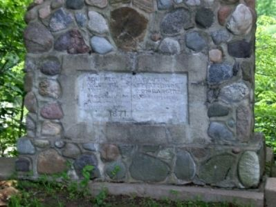 Stone sign to the left of Potter's Covered Bridge image. Click for full size.