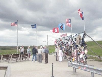 Flight 93 Temporary Memorial image. Click for full size.
