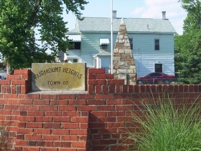 Town of Fairmount Heights, Veterans Monument Park image. Click for full size.