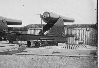 200 pdr. Parrot Rifle in Battery Rodgers image. Click for full size.