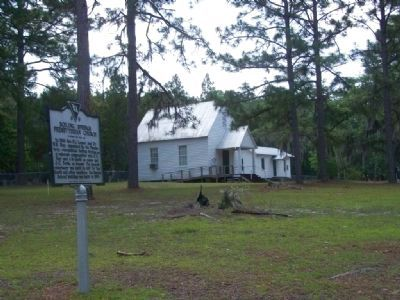 Boiling Springs Presbyterian Church and Marker image. Click for full size.