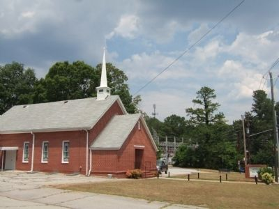 Midway Church on Hendersons Mill Road image. Click for full size.
