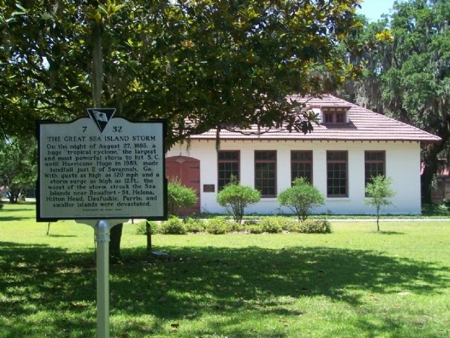 The Great Sea Island Storm Marker at Penn Center School image. Click for full size.