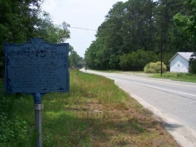 General Greene At The Round O Marker, looking South along US 17A image. Click for full size.