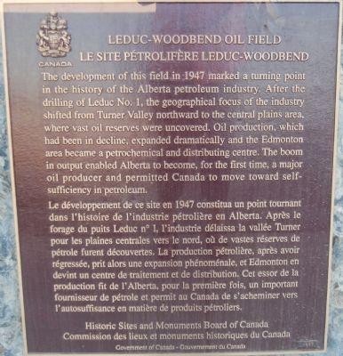 Leduc-Woodbend Oil Field Marker image. Click for full size.