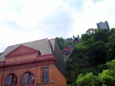 Duquesne Incline and the Lower Station image. Click for full size.