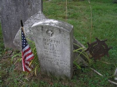 Grave of Revolutionary War Dragoon image. Click for full size.