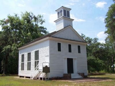 Dorchester Presbyterian Church, new coat of paint in 2008 image. Click for full size.